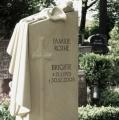 Grabmal aus Seeberger Sandstein